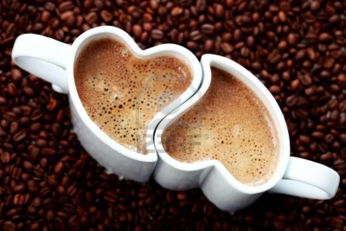 http://mgonzalezorozcokchs.edublogs.org/files/2011/05/6876364-2-cups-of-coffee-shape-of-heart-and-coffee-beans-coffee-time-1ol1mat.jpg